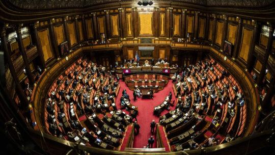 Decreto Covid: via libera definitivo al Senato