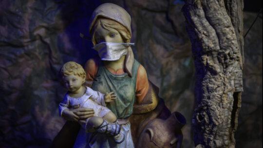 Le regole per Natale e Capodanno: cosa dice l'ultimo Dpcm