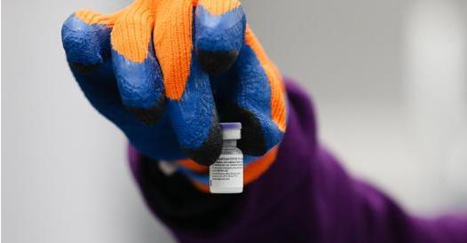 Vaccino Covid, le linee guida Aifa: dosi, efficacia, effetti collaterali