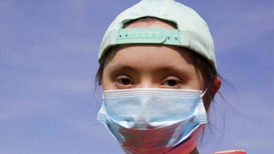 Vaccino anti-Covid, gli esperti UK: precedenza anche a persone Down