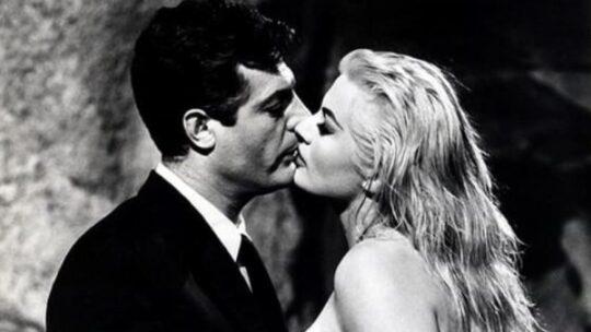 Covid: il bacio che non contangia