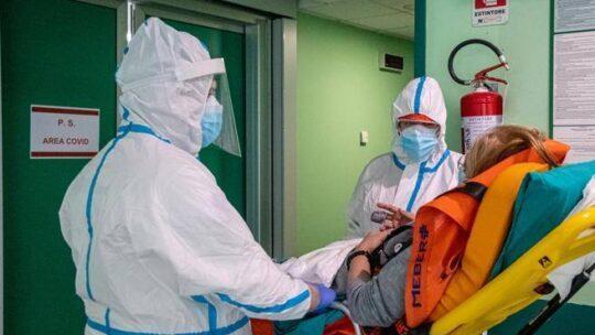 Covid, tsunami per i malati di cancro: come uscire dall'emergenza