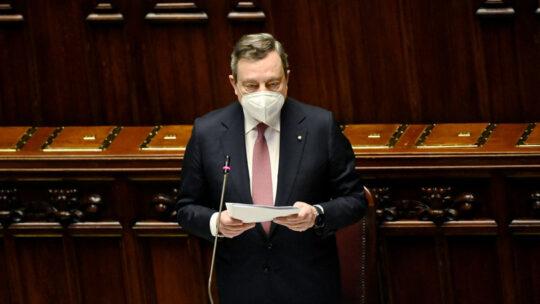 """Draghi: """"Nessun migrante sarà lasciato solo nelle acque italiane"""""""