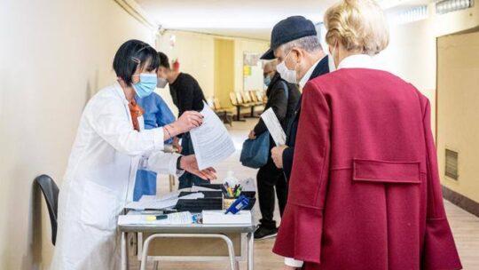 Covid e osteoporosi, come gestire vaccino e terapie senza rischi