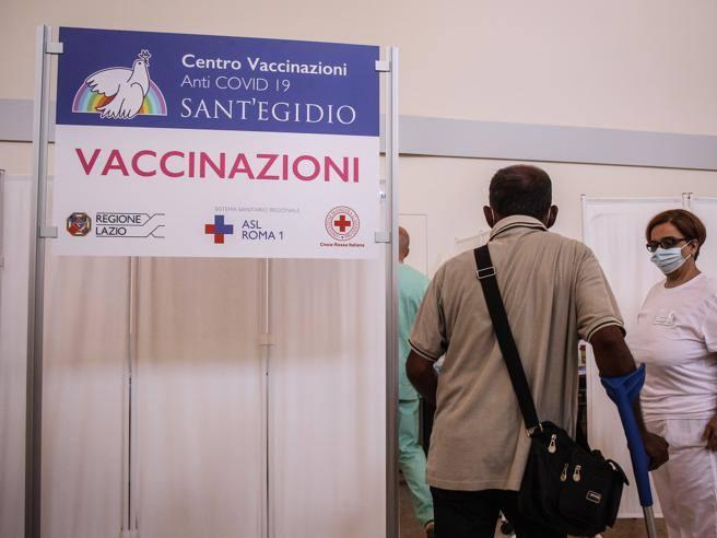 Pfizer pronta a far autorizzare la terza dose  di vaccino per combattere la variante  Delta
