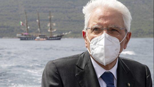"""Mattarella a Ventotene: """"Subito una difesa comune Ue"""""""