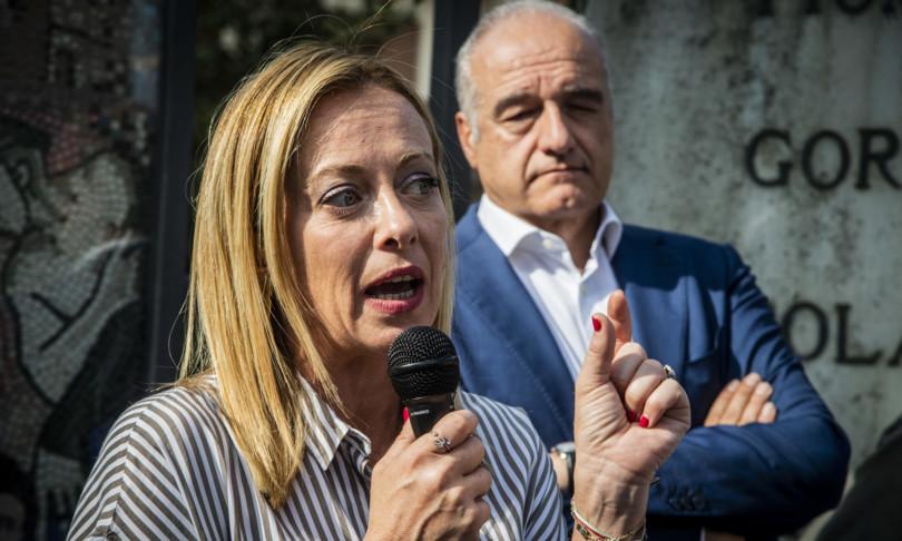 Fratelli d'Italia consolida il proprio vantaggio nelle intenzioni di voto
