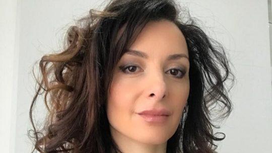 La candidata al comune di Roma no-vax e antisemita e l'imbarazzo di Michetti