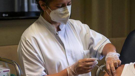 Coronavirus, le ultime notizie dall'Italia e dal mondo sul Covid, il Green pass e i vaccini
